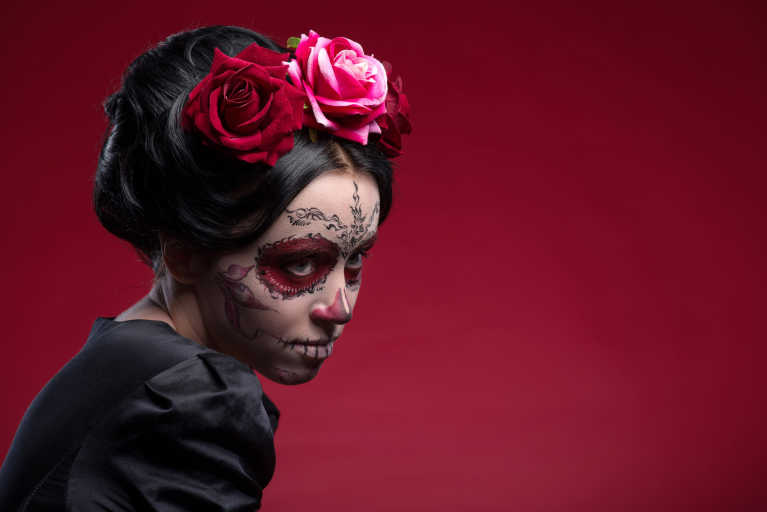 How-To: El Día de los Muertos Catrina Makeup and Hair